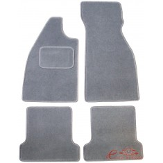 Set de 4 alfombrillas gris sin dibujo para todos los años